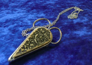 Filligree Scissor Chatelaine